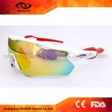 2018 Anti-Rasguña UV400 protege las gafas de sol de ciclo de los deportes del marco de la lente de la PC de la visión polar blanca del fulgor HD