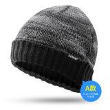La coutume bon marché de mode a brodé les chapeaux chauds tricotés de chapeau de l'hiver