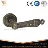 Traitement de levier en laiton de porte d'or de matériel de porte sur Rose (Z6253)