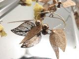 Латунная медная серьга круга золота формы листьев листьев имитационная для женщин