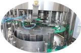 自動ペットびんの飲料水の液体の飲料の充填機の瓶詰工場