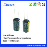 De nieuwe 25V Elektrolytische Condensator van de Impedantie van het Lage Voltage van 680UF Lage