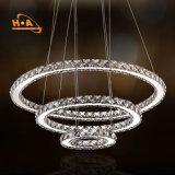 Lámpara de lujo colgante cristalina de los anillos de la venta al por mayor tres