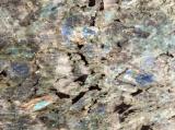 曹灰長石の青い花こう岩の平板のタイル