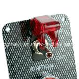 レースカーエンジンの開始の押しボタンのトグルの点火スイッチのパネル