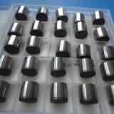 油田および炭鉱の訓練で使用される穴あけ工具のためのPDCの挿入