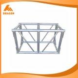 Алюминиевая ферменная конструкция винта используемая для будочки выставки