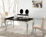 La Tabella pranzante superiore di marmo elegante con quattro piedini argenta il colore