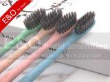 Brosse à dents 100% biodégradable à l'amidon de maïs avec paquet de PVC