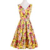 型様式は女の子のための深いVの完全な円の花柄のドレスに着せる