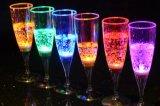 طبع صنع وفقا لطلب الزّبون علامة تجاريّة بلاستيك يشعل فوق يبرق [لد] فنجان