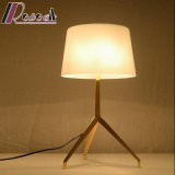 Lampe légère moderne de Tableau d'acier inoxydable de trépied avec la nuance en verre
