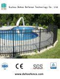 Parte superiore piana che recinta per la piscina