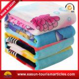 北極動物の印刷およびフランネルの羊毛のポケット旅行毛布