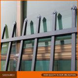 Heißer eingetauchter galvanisierter antiker bearbeitetes Eisen-Zaun täfelt chinesischen Lieferanten