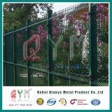 PVCは6ゲージか正方形によって溶接された金網の塀で溶接された金網の塀/Panelに塗った