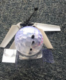 Flying Ball Balle Mini Drone hélicoptère construit en brillant Whirly Ball Boule LED