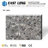 Белизна с немного серыми сверкная стеклянными Countertops камня кварца