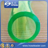 Belüftung-flexibler freier transparenter waagerecht ausgerichteter Schlauch-Wasser-Schlauch