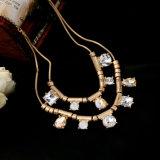 A liga Multilayer simples popular nova embutiu a jóia do pendente do projeto da gota da água da colar das mulheres do diamante