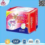 Serviettes hygiéniques pures organiques remplaçables de coton de garnitures sanitaires de coton de qualité avec le prix bon marché