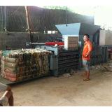 Horizontale Ballenpresse für Haustier-Flaschen-Plastik für Verkauf
