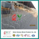 Qymの移動式機密保護の障壁かアコーディオン式ワイヤー急速なかみそりの壁のトレーラー