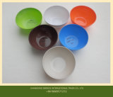 混合の白およびColorizedの粉を形成する尿素