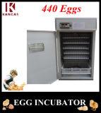 Ce approuvé tenir 440 oeufs d'incubateurs d'oeufs de canard à bon marché pour la vente