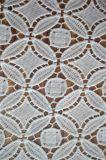 優雅な刺繍デザインの新式のポリエステルレースファブリック