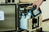 Imprimante à jet d'encre continue de Cij pour l'empaquetage de drogue (LDJ-V98)