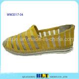 La dentelle de matériaux de haute qualité des chaussures de causalité avec la corde de chanvre