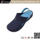 Chaussures occasionnelles extérieures de bleu d'entrave d'EVA d'hommes de jardin