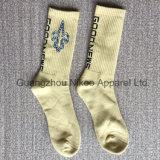 Großhandelszoll gestrickte Firmenzeichen-Basketball-Socken