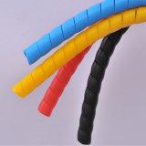 Flexible en spirale plastique PP PE PA Cache de protection pour tuyau de chauffage