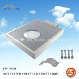 태양 가로등은 Li 건전지 높이 능률적인 단청 태양 전지판을%s 가진 1가지의 유형에서 모두를 통합했다