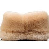 女性の二重表面羊皮の冬は砂のふさが付いている方法ブートに蹄鉄を打つ