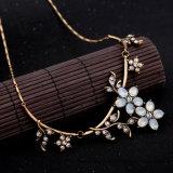 型の簡単な花の形のファッション小物の合金のペンダントのネックレス