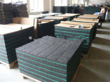 Équipement de fabrication d'interverrouillage des tapis en caoutchouc