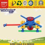 おもちゃの平面を構築している2017人の熱い販売の子供