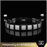 L'oro CZ quadrata borda il braccialetto, braccialetti Mjb018 del Macrame