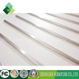 El último producto de la fábrica de China Foshan suministra el estante de equipaje blanco