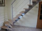 Bajo costo Centro de onda simple escaleras de acero inoxidable con banda de rodadura de la madera maciza de madera para la Pequeña Casa Espacio