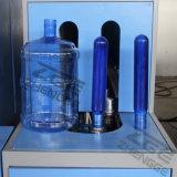 Botella de agua mineral plástica semi automática de 5 galones que hace la máquina