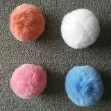 Pompom Keychains della sfera 5cm della pelliccia del rifornimento della Cina