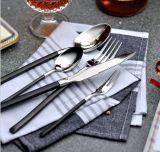 Ustensiles réglés d'acier inoxydable de cuillère de fourche de couteau