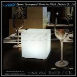 ホテルの庭棒のためのプラスチック立方体LEDの家具