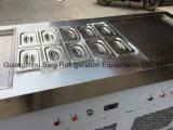 2二重平たい箱の8つの皿が付いている鍋によって揚げられているアイスクリームロール機械