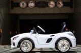 メルセデスベンツスタイルの電気自動車のおもちゃ