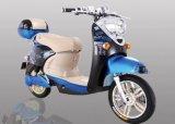 Scooter électrique de pédale de deux filles de roue avec le pneu sans chambre d'alarme